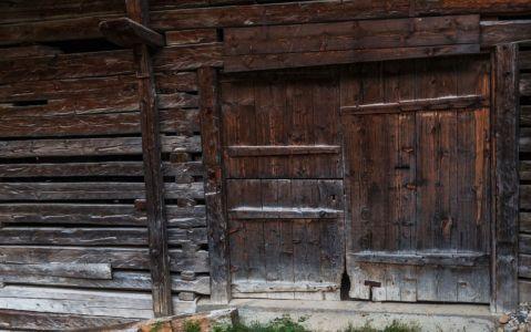 Porte de grange à Boudin