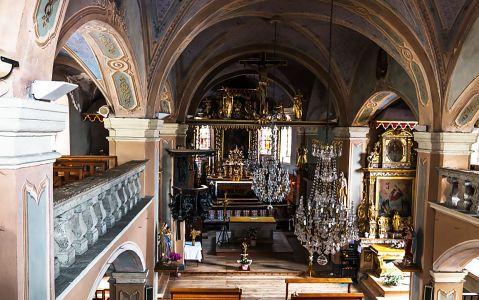 Intérieur de l'église baroque de Hauteluce