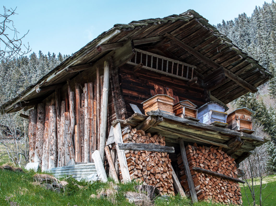 Location de chalet en Beaufortain. Chalet Frison. Mazot